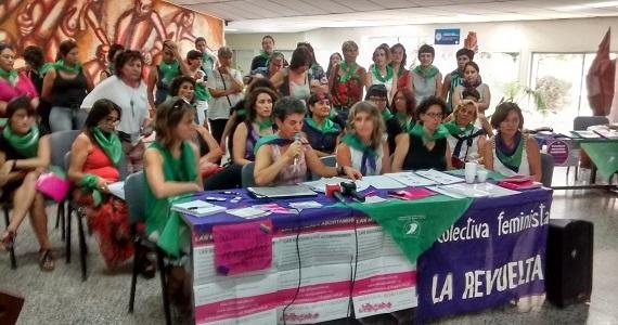 Las socorristas de Neuquén acompañaron a 580 mujeres decididas a abortar