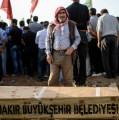 Bombardeos y represión, o la política desesperada de Erdogan