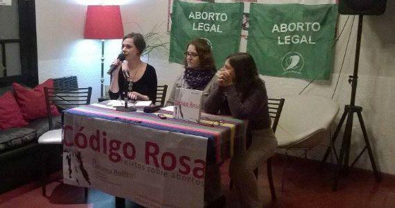 Código Rosa, relatos sobre el acto libertario de abortar