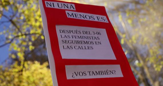 Movilización por NiUnaMenos: entre el activismo digital y #ElFeminismoLoHizo