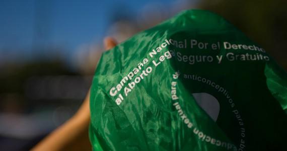 De cómo surgió un día de lucha continental por la conquista del aborto en las playas argentinas