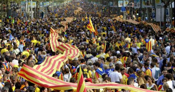 """El """"Procés"""" continúa en una Catalunya dividida"""
