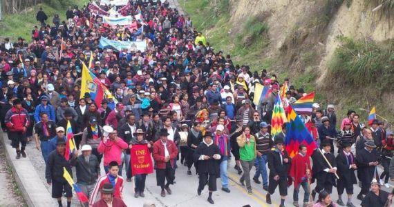 Nueva marcha en Ecuador: cambio de ciclo y perspectivas críticas