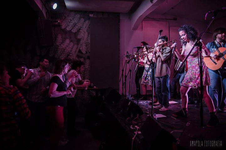 orkesta de la san bomba amapola fotografia 2