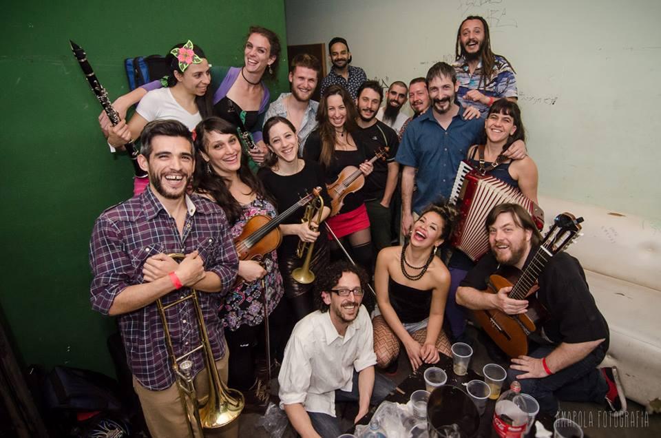 orkesta de la san bomba amapola fotografia 3