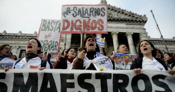 Uruguay: la lucha por el presupuesto y la privatización de la educación