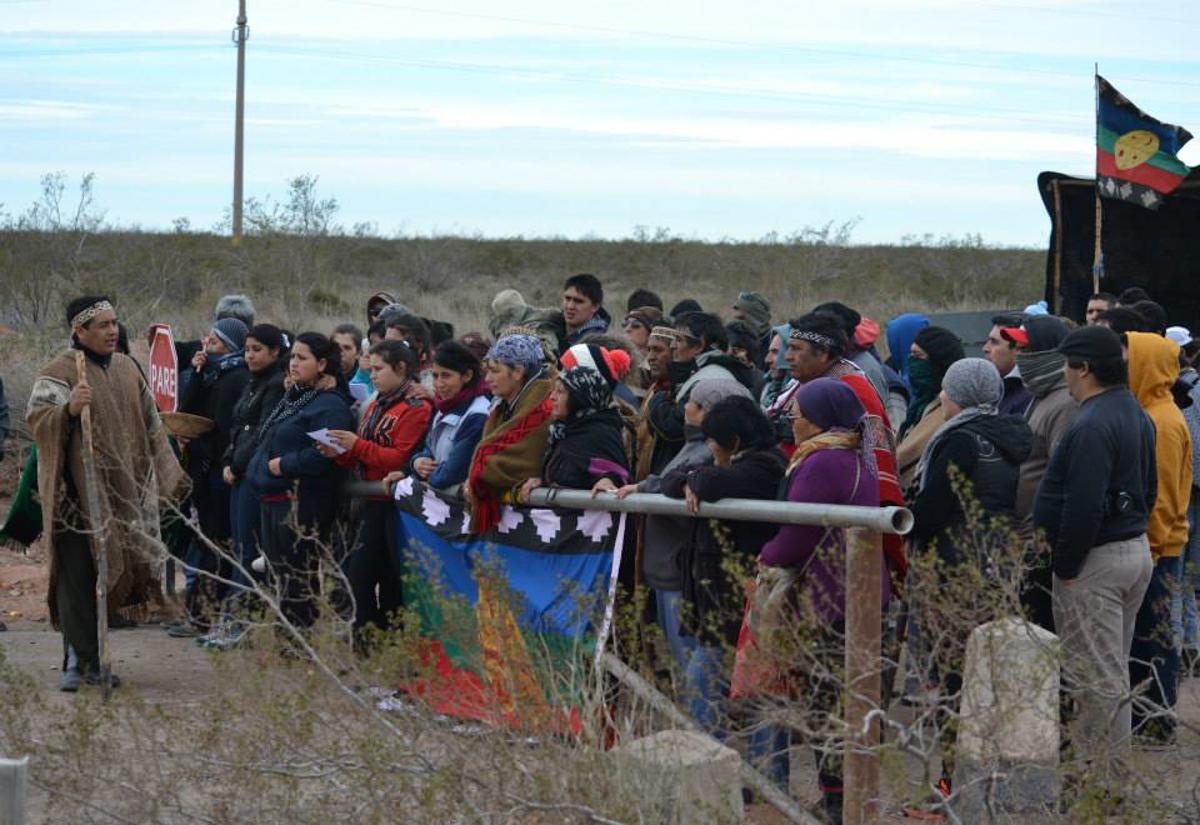 Fuego en Mascardi: Continua avanzada sobre territorio ancestral Mapuche