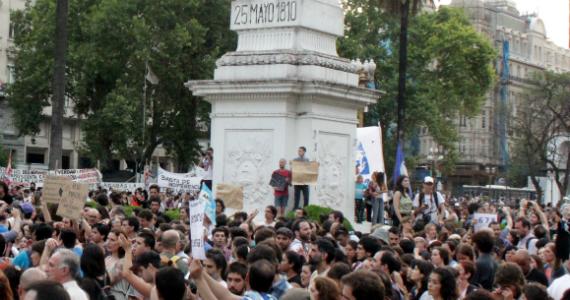 Ataque contra la Ley de medios: menos comunicación, menos democracia