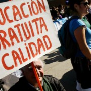 Educación pública, violencia y precarización