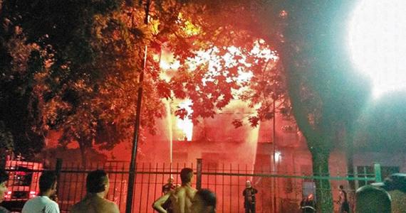 Nuevos incendios en La Boca: el fuego tiene historia de organización y resistencia