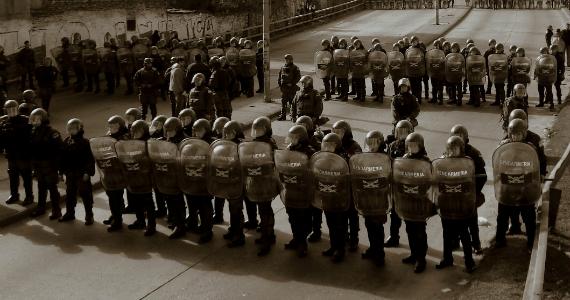 Continuidades y rupturas de las estrategias represivas durante el kirchnerismo y el macrismo