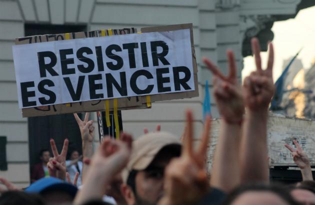 Del resistir y aguantar al Frente Ciudadano