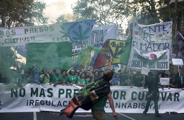 Marcha mundial de la marihuana: despenalización en beneficio de los sectores populares