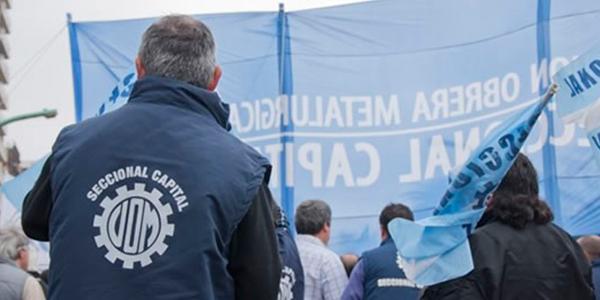 Trabajadores metalúrgicos buscan organizaciones más democráticas