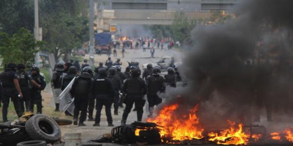 Oaxaca: van 10 muertos por represión del Estado