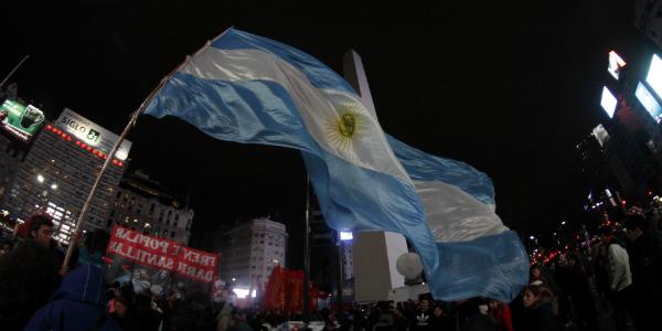 """Julio Gambina: """"La movilización popular influyó"""""""