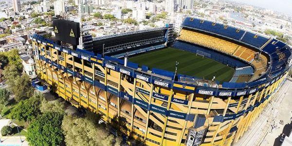 Boca Juniors y una dirigencia que intenta negociar hasta su nombre