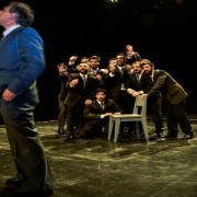 Teatro: Once hijos