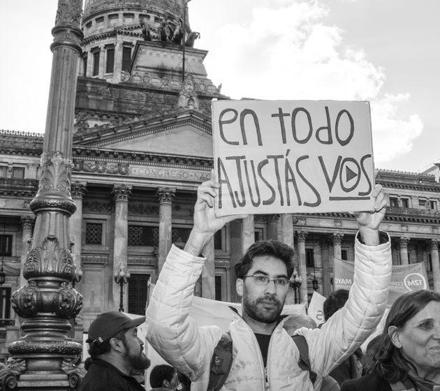 Emergencia social acordada: ¿emergencia política contenida?