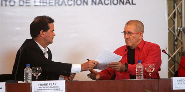 El gobierno colombiano suspende unilateralmente la mesa de diálogo con el ELN