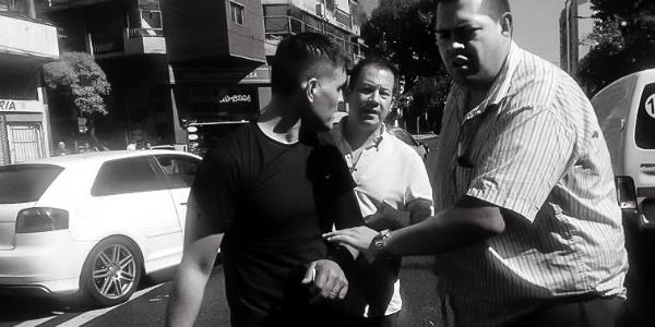 Gatillo fácil: la violencia policial contra un joven que se rinde