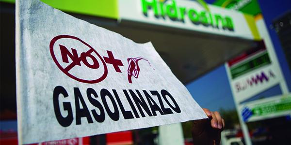 México: prende fuego el 'gasolinazo'