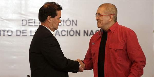 """Antonio García, ELN: """"Seguimos siendo una organización alzada en armas"""""""
