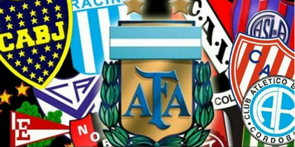 Tirando paredes con Ángel Cappa: de paros docentes y futboleros