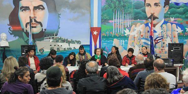 """Movimientos sociales hacia el ALBA: """"Nuestra patria es América"""""""