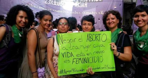 """El Salvador: """"Porque el silencio es cómplice, hacemos visible lo invisible"""""""
