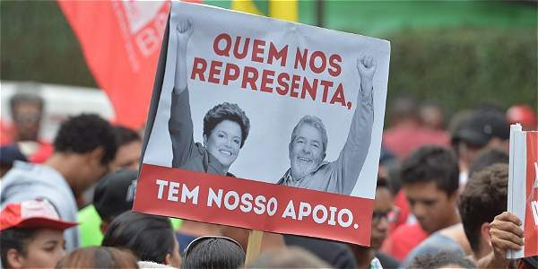 Movimientos sociales de Brasil en defensa del expresidente Lula