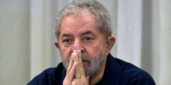 Brasil: Suspenden decisión de Corte Suprema brasileña que podría liberar a Lula