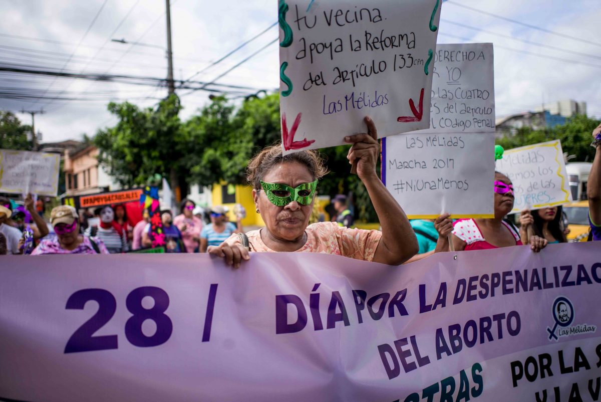 """""""Unidas, resistiendo y avanzando"""". ¡Todas al EFLAC en El Salvador!"""