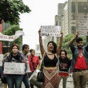 """""""Pretos"""", """"pardos"""" y la negación de la negritud del periodismo brasilero"""