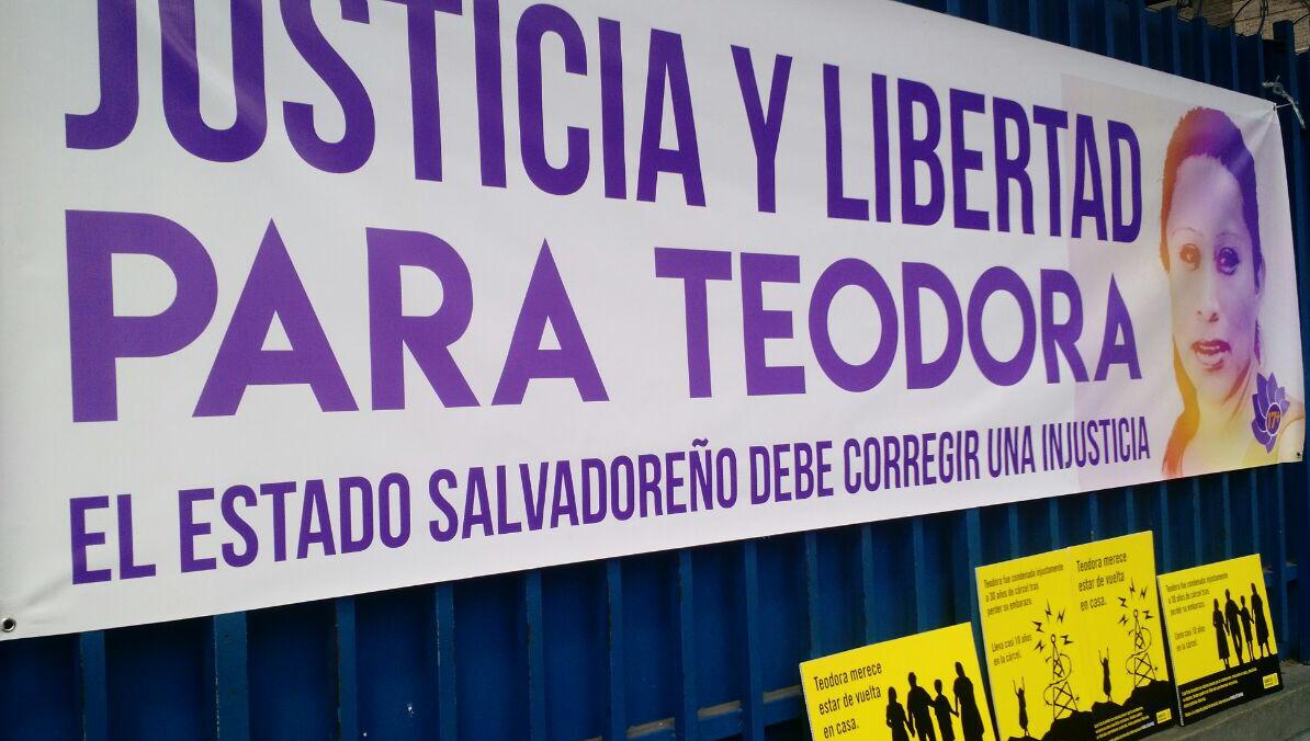 """El Salvador: """"Teodora escucha, por ti es esta lucha"""""""