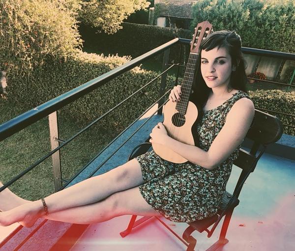 """Valentina Acevedo, música: """"Canciones de Minita es algo que provoca"""""""