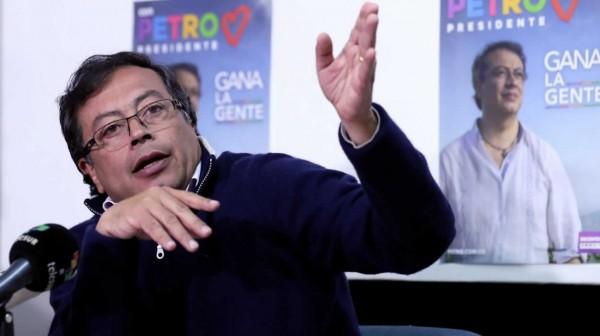 Bombas de humo en izquierda colombiana. Mucha ambición de gobierno, poca vocación de pueblo (I)