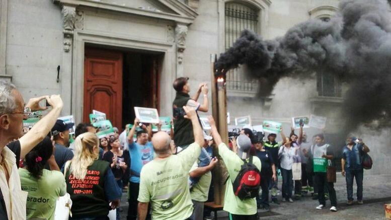 """Contra la Ley de Incineración: """"La ciudad será cartonera o no será"""""""