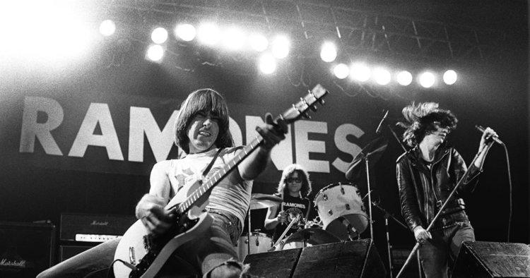 Gimme Gimme Shock Treatment. Crónica sobre el recital de Los Ramones en Buenos Aires