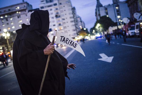 Ley contra los Tarifazos, veto de Macri y Marcha Federal: organizar la bronca para no volver al fondo y repetir la historia