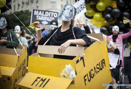 """El año del G20 en Argentina: """"Nunca Más FMI"""""""