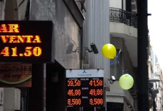 Corrida cambiaria: la crisis ya está aquí