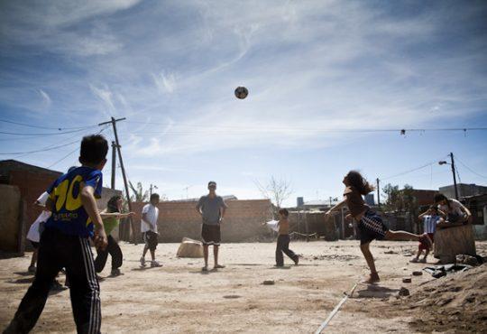 """Ángel Cappa: """"En el fútbol aprendimos que nadie es más que todos juntos"""""""