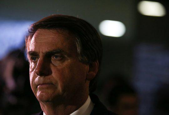 Difusión de noticias falsas contra Haddad puede impugnar la candidatura de Bolsonaro