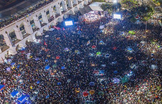 Multitudinarios actos de campaña de Haddad en vísperas de las elecciones en Brasil