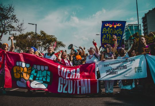 G20: show mediático y ciudad sitiada pero quienes luchan, ¡en las calles!