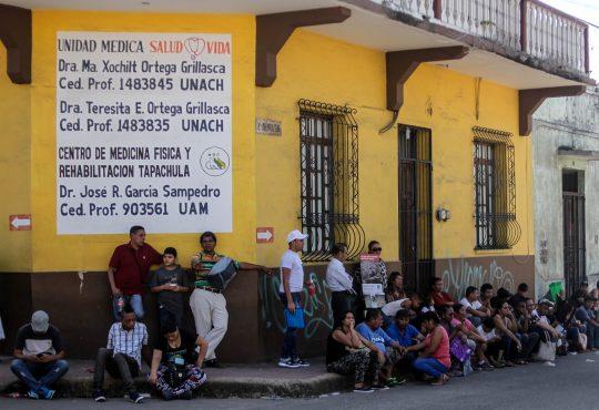 """Caravana Migratoria: """"las y los de atrás vienen conmigo"""""""