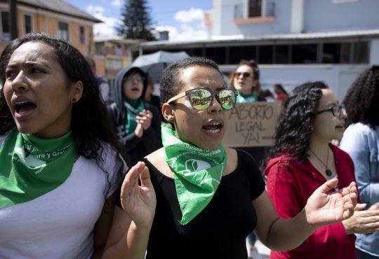 """Ecuador: """"La xenofobia mata, el machismo también"""""""