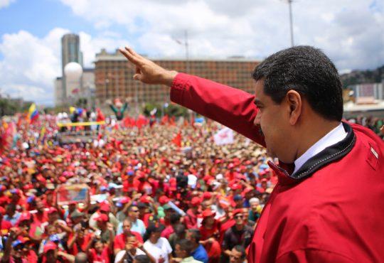 Asume Maduro: Venezuela se respeta