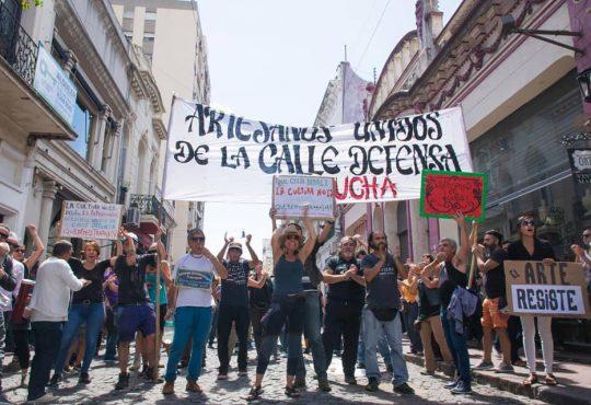 Las y los artesanos de San Telmo continúan resistiendo